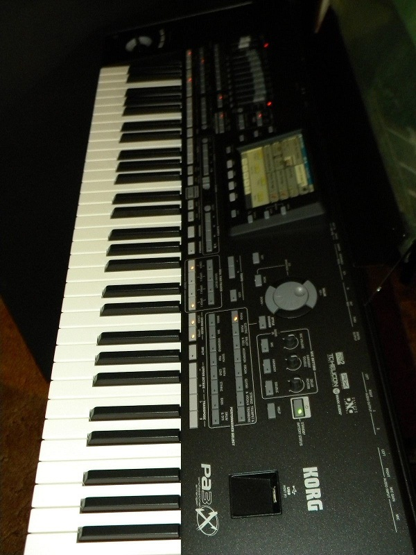 Korg-PA3X-76-Key-keyboard-Music-Workstation-arranger—-1700$
